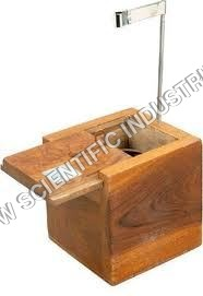 Calorimeter-With-Wooden-Box